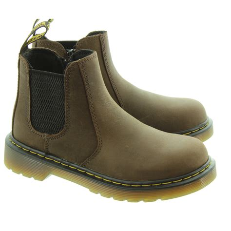 dr martens banzai chelsea boots in brown in brown