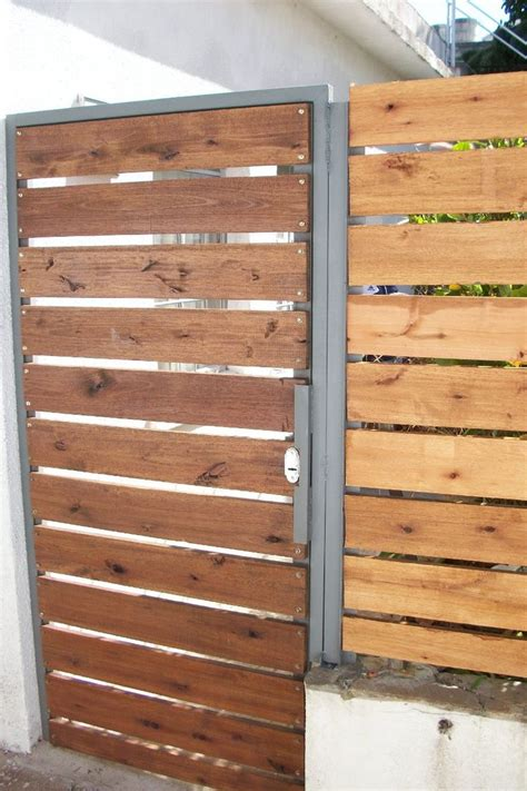 porton echo con palet 15 best images about portones de madera on pinterest