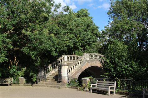 twickenham house footbridge york house gardens twickenham beautiful england photos
