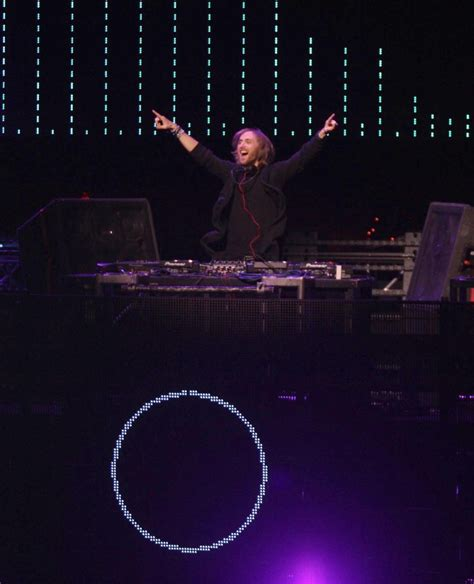 David Guetta 7 david guetta picture 43 102 7 kiis fm s jingle 2011