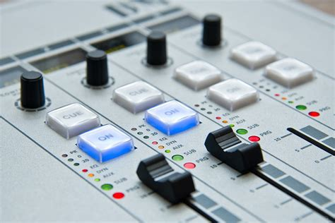 console mixer dj free photo radio the console mixer sound free image