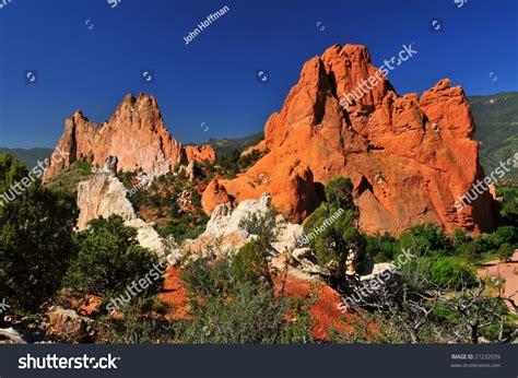 garden ridge rock south gateway rock formations from white rock ridge at the