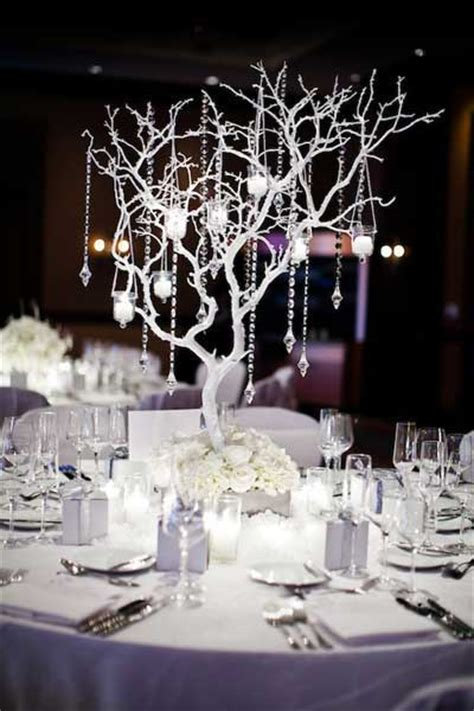 winter wedding centerpiece ideas decoratiuni de iarna pentru spatii publice si quot afara quot poate deveni acasa deltastudio
