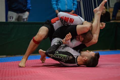 clark gregg brazilian jiu jitsu clark gregg is a brazilian jiu jitsu black belt and it