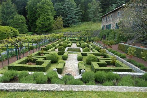 il giardino italiano corsi speciali a richiesta di lingua e cultura italiana