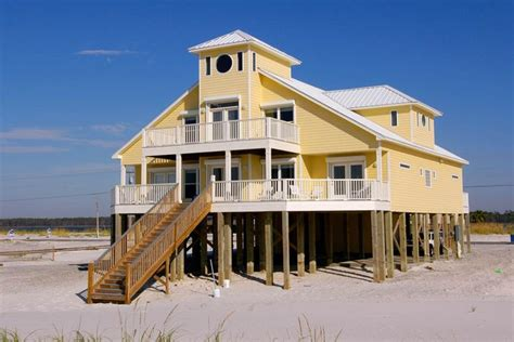 vrbo gulf shores houses yellow 7 br 7 ba house in gulf shores vrbo