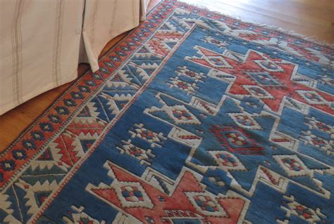 red accent rug blue and red area rug rugs ideas