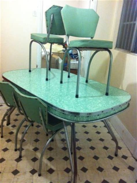 1950s Kitchen Table 17 Best Images About 1950s 60 Dining Settings Green On Retro Kitchen Tables