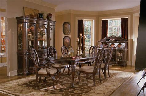pulaski dining room set pulaski st raphael dining collection pf d642240 at