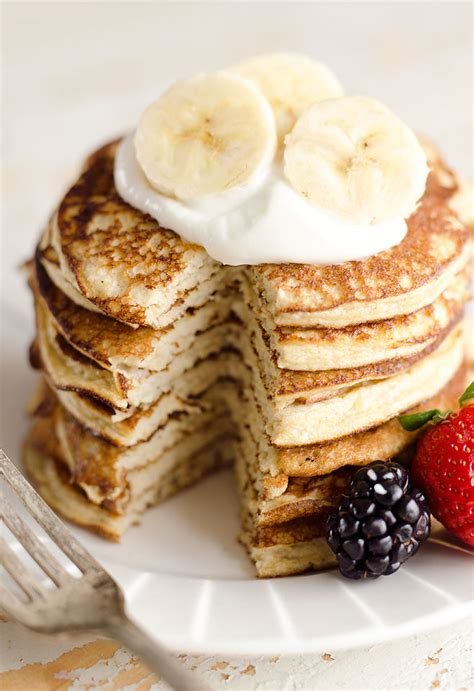 protein powder pancakes light fluffy banana protein pancakes low carb breakfast