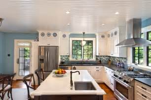 eat in kitchen with island and sink