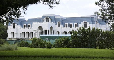 largest house in us orlando fl mansion quot versaille quot largest house in u s moversatlas blog