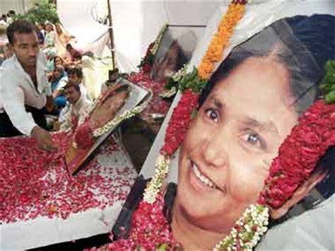 phoolan devi murder case: court awards life term to sher