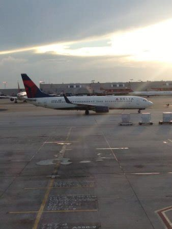 delta air lines reviews and flights with photos tripadvisor