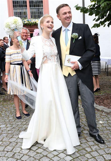 Brautkleider Hochzeit by Brautmode Royale Hochzeitskleider Gala De
