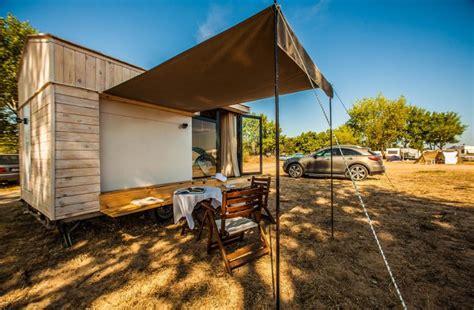 Minimalist House maison mobile en bois arkko