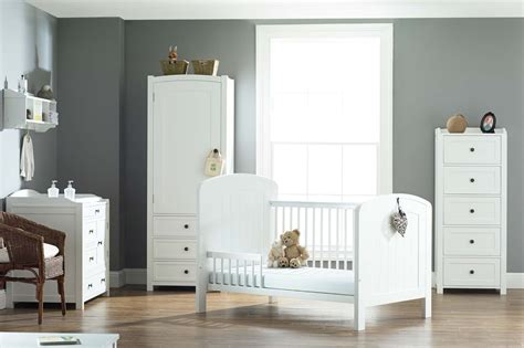 Antique White Childrens Bedroom Furniture by White Child Bedroom Furniture Raya Furniture