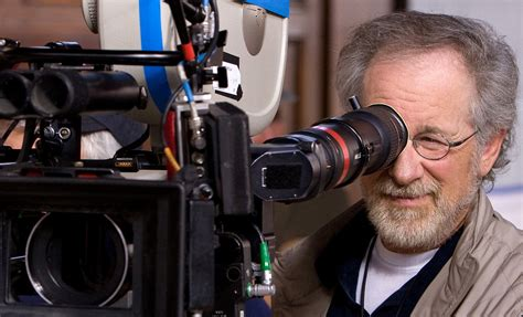 biography of movie directors behind the scenes steven spielberg