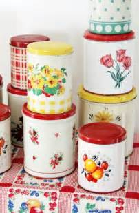 vintage style kitchen canisters best 20 vintage kitchen ideas on