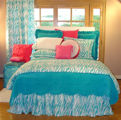 bedroom rugs for teenagers bedroom bedspreads for decor with beds and pillow also rugs