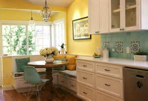 Dining Room With Banquette Seating by Kitchen Banquette Photo 800x548