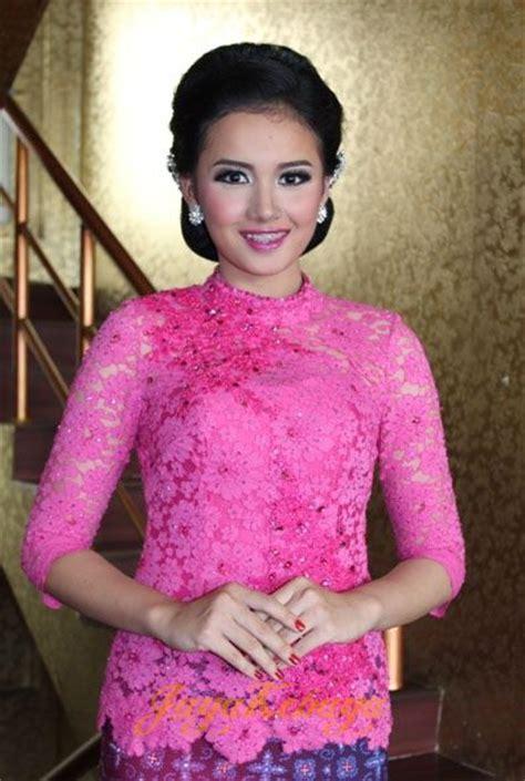 Kebaya Tutu Baru 1 1000 images about kebaya fashion kebaya modern bridal