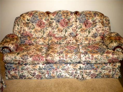 vintage floral sofa for sale vintage floral couch and love seat 200 obo sold