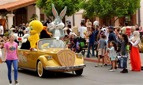 theme park vouchers gold coast movie world holiday holiday