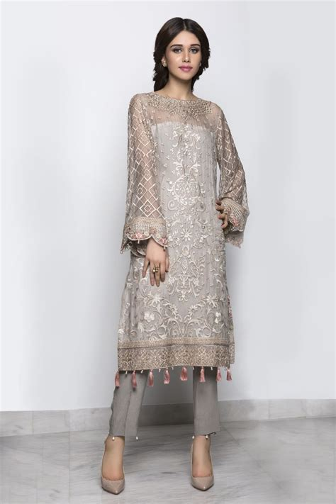 design net clothes 25 best ideas about latest pakistani fashion on pinterest