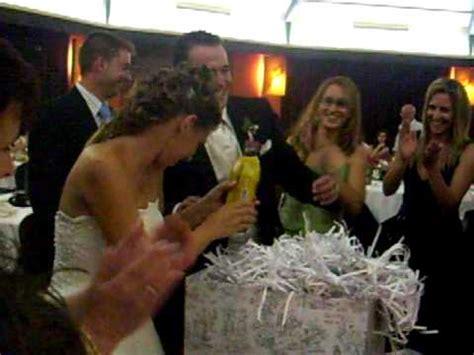 bromas para bodas banquete regalo amigos boda vanesa y david