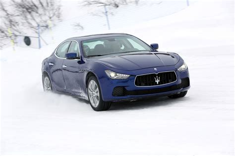 maserati snow 2014 maserati ghibli s q4 and quattroporte s q4 second