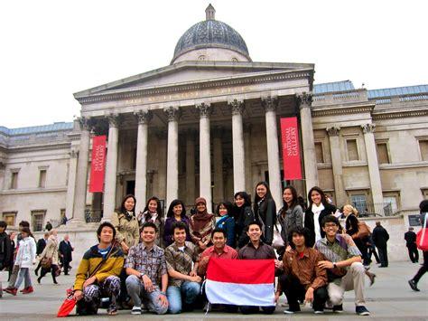 pelajar rayakan hari batik  london indonesian education  culture attache  london