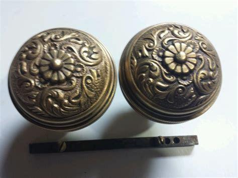 antique ornate cast bronze brass door knobs 2