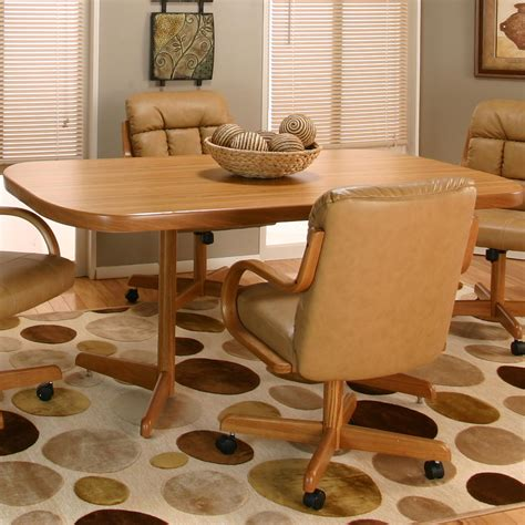 Cramco Furniture by Cramco Motion Atwood Rectangular Casual Dinner Table By