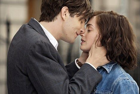 one day romantic film one day film review jim sturgess is mr right but anne