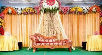 wedding stage mandapam balloon flower decorations