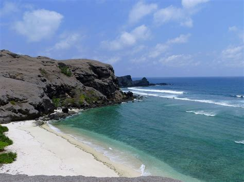 best beaches lombok lombok beaches gallery