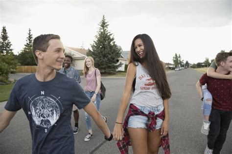 8 Tips On Friends In High School by Tips On High School Dating Lovetoknow