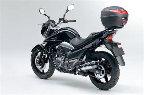Suzuki Nazuma 2014 Suzuki Inazuma 250 Moto Zombdrive