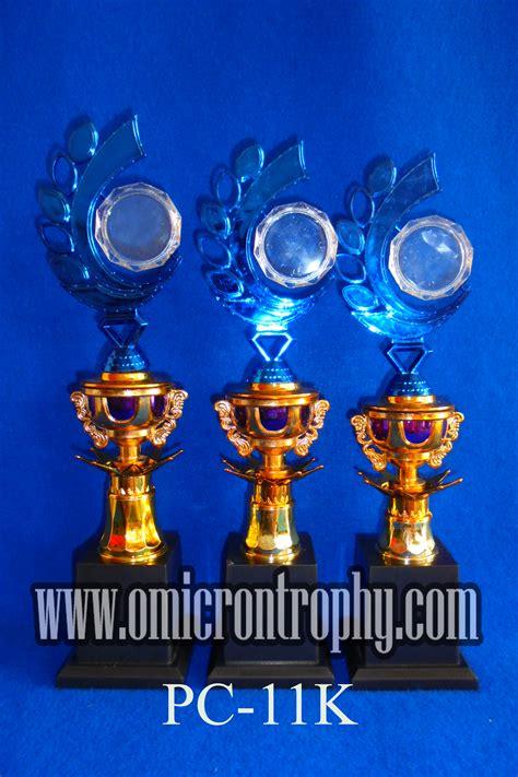 Plastik Semarang produsen trophy plastik semarang omicron trophy