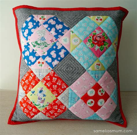 samelia s strawberry biscuit pillow free pattern