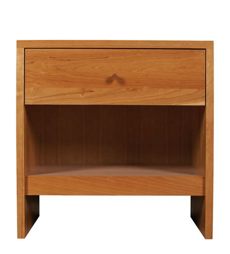Small Cherry Nightstand Somerset Small Nightstand S Real Wood Furniture