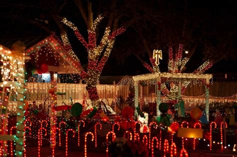 don t miss the best christmas light display in pasadena