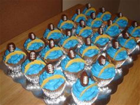 Baby Shower Cupcakes San Diego by 1000 Images About Cupcakes Sports On Real