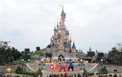 disneyland paris evacuated reports  suspicious package  train station metro news