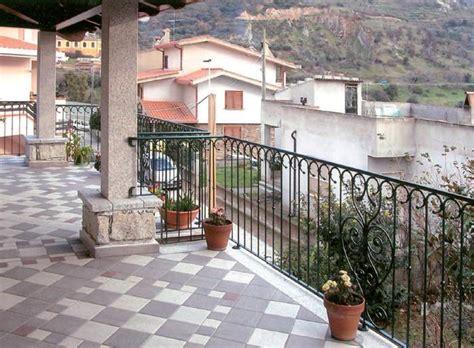 ringhiera per terrazzo ringhiere balconi per esterni va68 187 regardsdefemmes