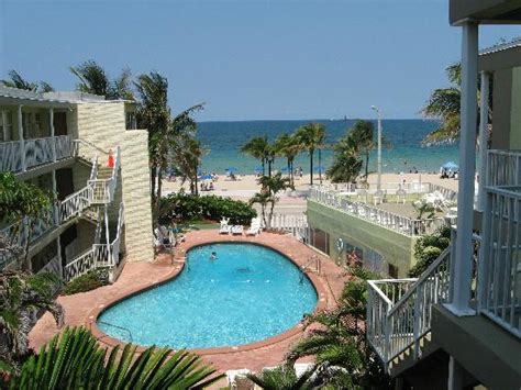 2 Bedroom Resorts In Orlando Fl by Sunrise Picture Of Silver Seas Beach Resort Fort