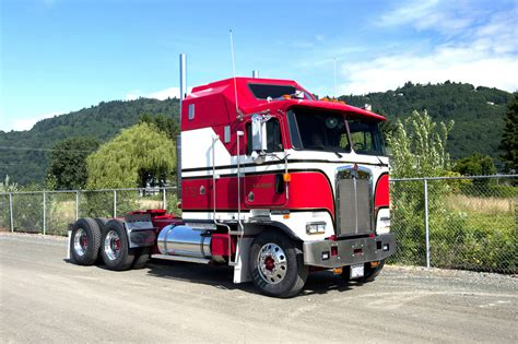 kenworth semi kenworth k series heavyweight party pinterest busses