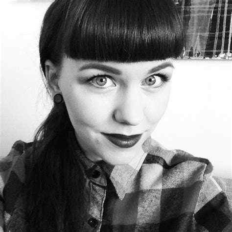 finally this vintage bangs trend is making a return and finally got my fringe back aiming for some kind of retro