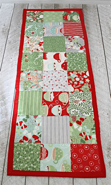 Pattern Review How To Make A Simple Table Runner The Stitching Scientist Table Runner Template
